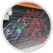 Graffiti Pigeon Round Beach Towel