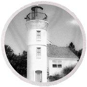 Grainy Lighthouse Round Beach Towel