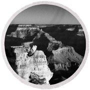 Grand Canyon Black And White Round Beach Towel