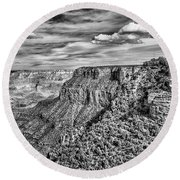 Grand Canyon In Black And White Round Beach Towel