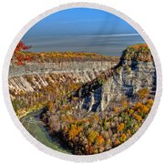 Grand Canyon Of The East Round Beach Towel