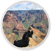 Grand Canyon Of The Pacific Round Beach Towel