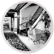 Grand Island Mansion Mosher Ranch 7 B And W Round Beach Towel