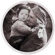 Grandmother And Child Round Beach Towel