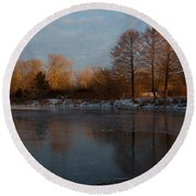 Gray And Amber - An Early Winter Morning On The Lake Shore Round Beach Towel