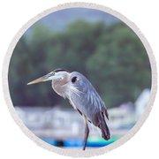 Great Blue Heron On Keuka Lake Horizontal Pano Round Beach Towel