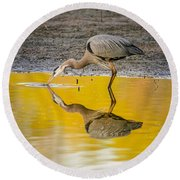 Great Blue Heron On Yellow Round Beach Towel