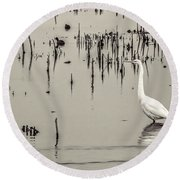 Great Egret At Horicon - B - W  Round Beach Towel
