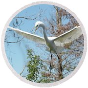 Great Egret Over The Treetops Round Beach Towel