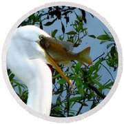 Great Egret With Catch 2 Round Beach Towel