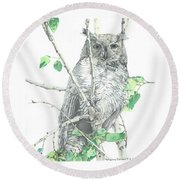 Great Horned Owl Perched In A Tree Round Beach Towel