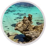 Green Blue Ocean Water And Rocks Round Beach Towel