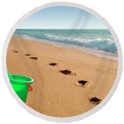 Green Bucket  Round Beach Towel