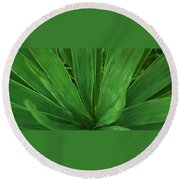 Green Glow Round Beach Towel