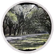 Green Lane With Live Oaks - Black Framing Round Beach Towel