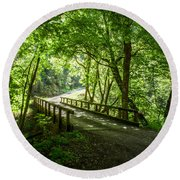 Green Nature Bridge Round Beach Towel