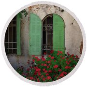 Green Windows And Red Geranium Flowers Round Beach Towel