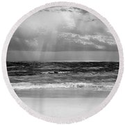 Gulf Of Mexico In Black And White Round Beach Towel