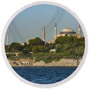 Hagia Sophia And Blue Mosque Round Beach Towel