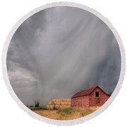 Hail Shaft And Montana Barn Round Beach Towel