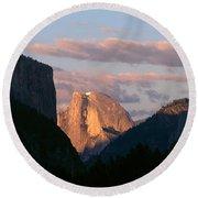 Half Dome Mountain At Sunset, Yosemite Round Beach Towel