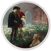 Hamlet And The Gravediggers Round Beach Towel