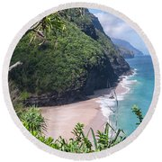 Hanakapiai Beach - Kalalau Trail - Kauai Hawaii Round Beach Towel