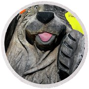 Happy Wooden Bear Craving Round Beach Towel
