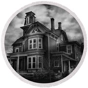 Haunted - Flemington Nj - Spooky Town Round Beach Towel