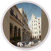 Havana Vieja Round Beach Towel