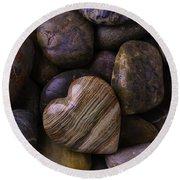 Heart Stone On River Rocks Round Beach Towel