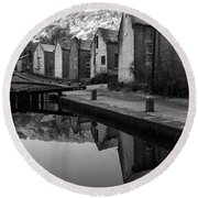 Rochdale Canal, Yorkshire, England Round Beach Towel