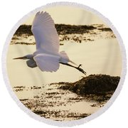 Heron Fly-by Round Beach Towel