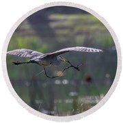 Heron With Nesting Material Round Beach Towel