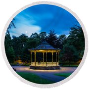 Hexham Bandstand At Night Round Beach Towel