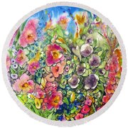 Hibiscus And Friends Round Beach Towel