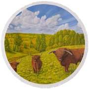 Highland Cattle Pasture Round Beach Towel