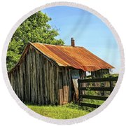 Hill Country Barn Round Beach Towel