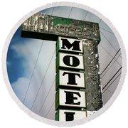 Hillcrest Motel Round Beach Towel