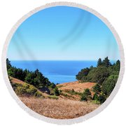 Hills To The Sea Round Beach Towel