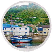 Hillside Along Harbor Near Angelo Fish Market In Puerto Montt-chile  Round Beach Towel