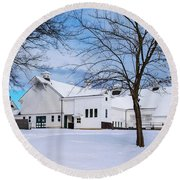 Hilltip Farm In Snow Round Beach Towel