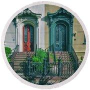Historic Doors Of Charleston On Bull St Round Beach Towel