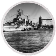 Hms Belfast And Tower Bridge 2 In Black And White Round Beach Towel