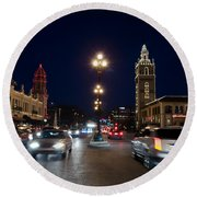 Holiday In Motion On The Plaza Round Beach Towel