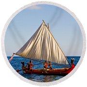 Holokai - Pacific Islander Sailing Canoe Round Beach Towel