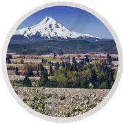 Hood River Orchards Round Beach Towel