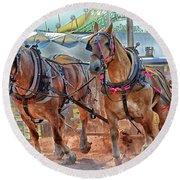 Horse Pull At The Fair Round Beach Towel