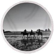Horseback Storytelling Black And White Round Beach Towel