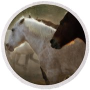 Horses-02 Round Beach Towel